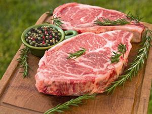 Вкусное мясо: пальчики оближешь!