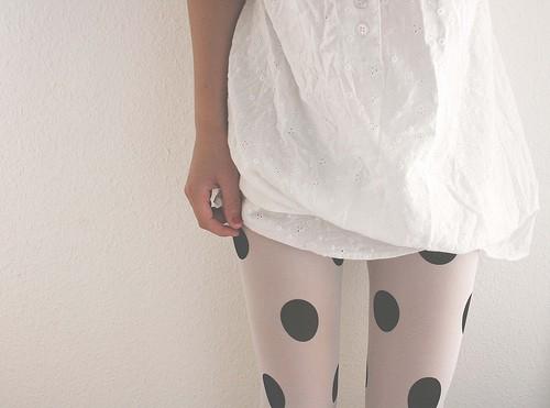 Женский стиль одежды: модные колготки