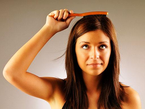 Женское здоровье: как остановить выпадение волос