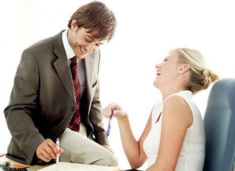 Женские хитрости: как просить мужчину о помощи