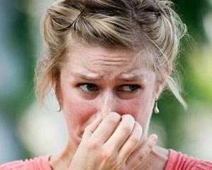 Жгучий лук – от девичьих мук: эффективная маска для волос