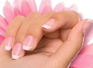 Хотите иметь длинные и крепкие ногти? Приправьте их красным перцем!