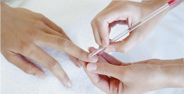 Полезные советы для женщин: правила ухода за ногтями и кутикулой