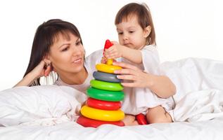 Почему развивающие игрушки необходимы для детей?