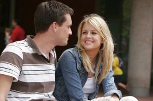 Как реагировать на комплименты мужчин?