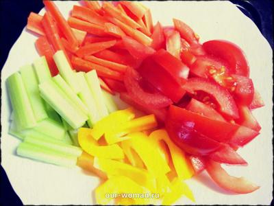 Вегетарианские закуски: рецепт рулета из лаваша