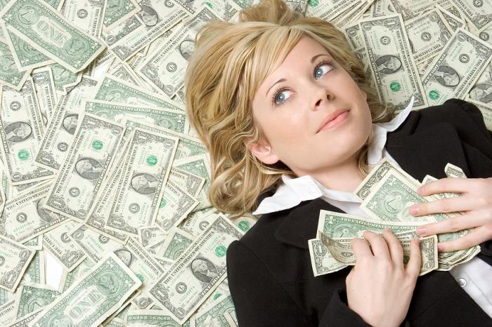 Полезные советы для женщин: как получить много денег