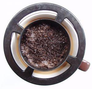Скрабы из кофейной гущи от разных кожных проблем
